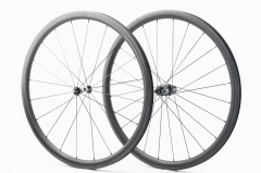 Kaze Disc 28mm(wide) DT Swiss 350 built tubeless wheel set