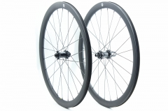 Gravel Wheelset built with Carbon-Ti X-HUB SP DISC 24H/24H